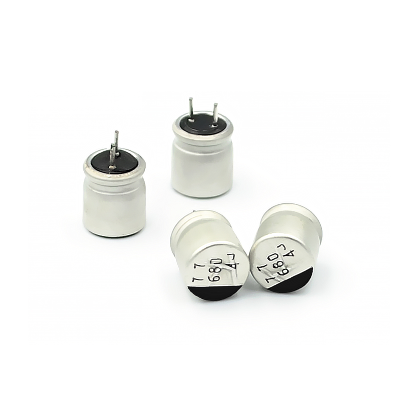 20PCS electrolytic <font><b>capacitors</b></font> <font><b>680uF</b></font> <font><b>4V</b></font> 8*8mm image