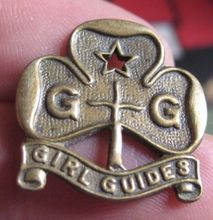 Low price custom metal Badge  pin Wholesale vintage brass uniform brooch BADGE top quality military badge FH680091