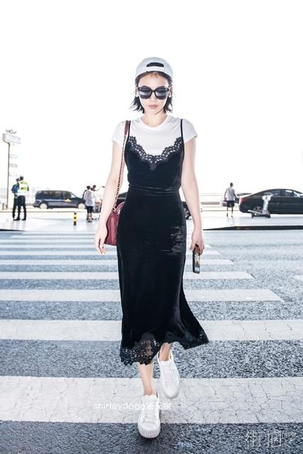 d26ed4c26 Spring waist black velvet dress suspenders lace stitching long slim slim Ma  Sichun same paragraph