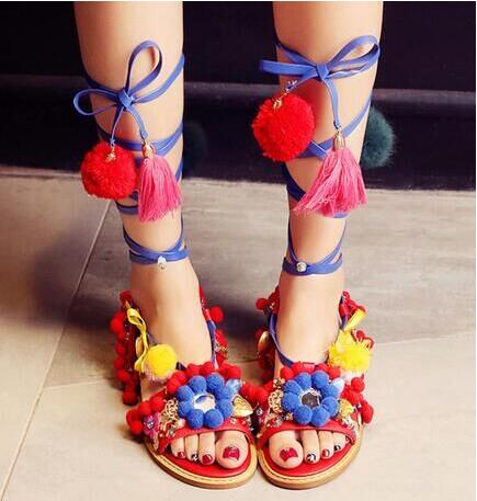 2016 Fashion Pom Pom New Designer Sandals Cross Tied Bohemian Hairball Flat Sandals Lace-up Multi-color Fringe Women Shoes new 2015 sophia layla metallic leather pom pom sandals women sandals wedding shoes