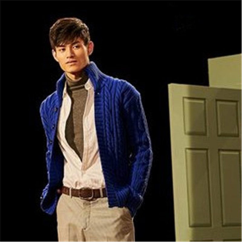 100% Hand Made Pure Wool Stand Collar Thick Knit Men Fashion Solid Loose Single Breasted Cardigan Sweater One&over Size