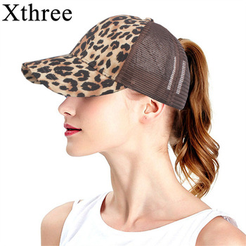 Xthree verano estampado de leopardo caballo gorra de béisbol sombreros para  las mujeres moño desordenado Casual Hip Hop Snap back Gorras Hombre  sombreros abb489bc23d