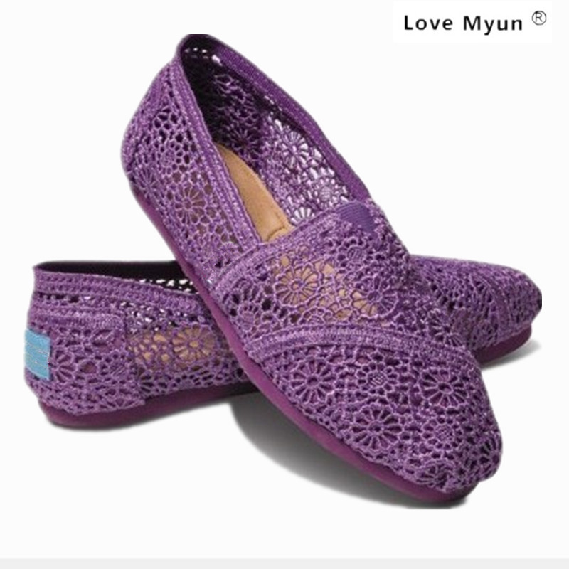 2017 new fashion lace hook flower hollow flat canvas shoes low shoes to help women high quality breathable shoes casual shoe summer women shoes casual cutouts lace canvas shoes hollow floral breathable platform flat shoe sapato feminino lace sandals