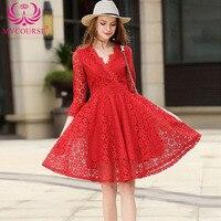 Chic Sexy V Neck Red Lace Hollow Out Midi Sukienka Komża wiosna Kobiety Lace up Plisowane Flare Midi Sukienek Zabytkowe Ubrania