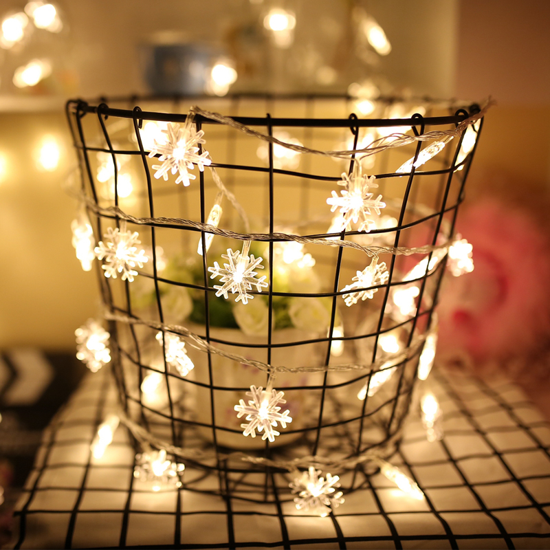 Siseruumides 10M lumehelbe kuju string valguse dekoratiivlamp - Puhkusevalgustus