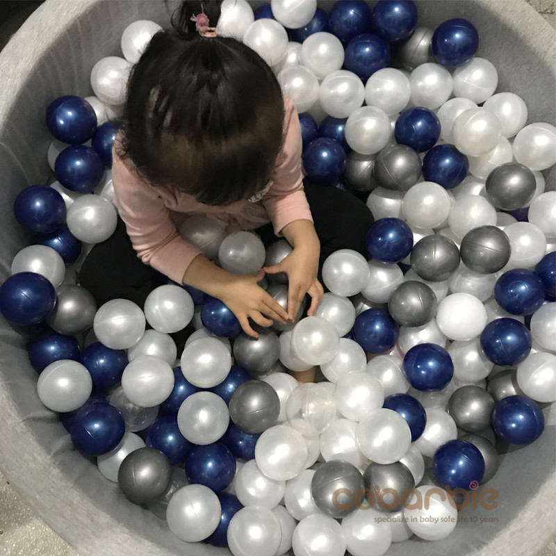 80pcs Per Lot Silver Gold Soft Plastic ToyBalls Water Pool Ocean Wave Ball Baby Funny Toys Stress Air Ball Outdoor Fun Sports