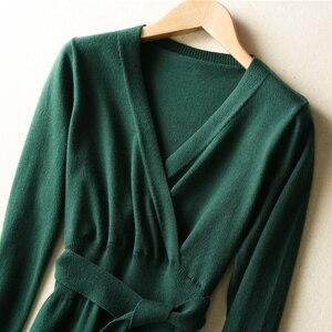 Image 2 - MERRILAMB 2019 האביב האחרון סגנון נשים של סרוג קשמיר צמר שמלה ארוך סגנון מוצק צבע V צוואר שמלות משלוח חינם