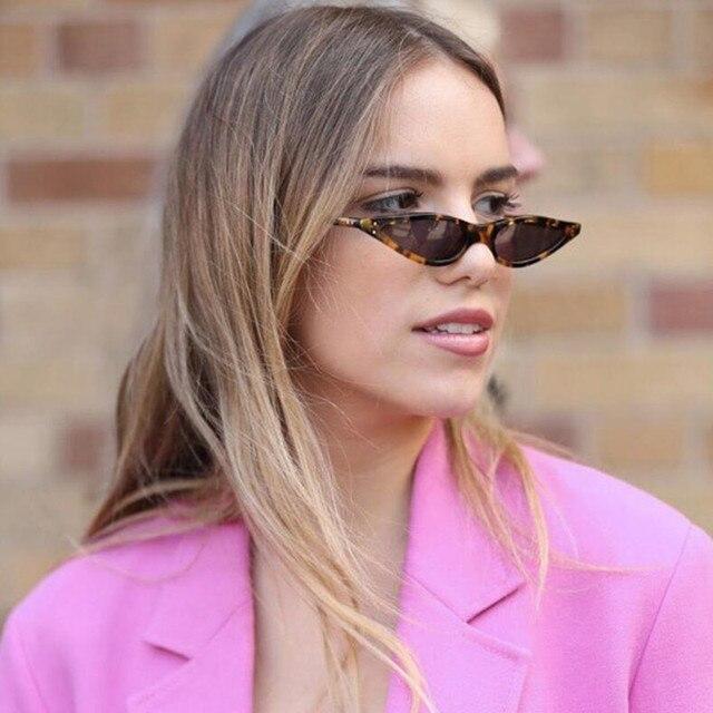 Unisex Plano Top Óculos Pequeno Triângulo Quadro Do Gato Olho óculos de Sol  Mulheres UV400 óculos 86b6d7067c