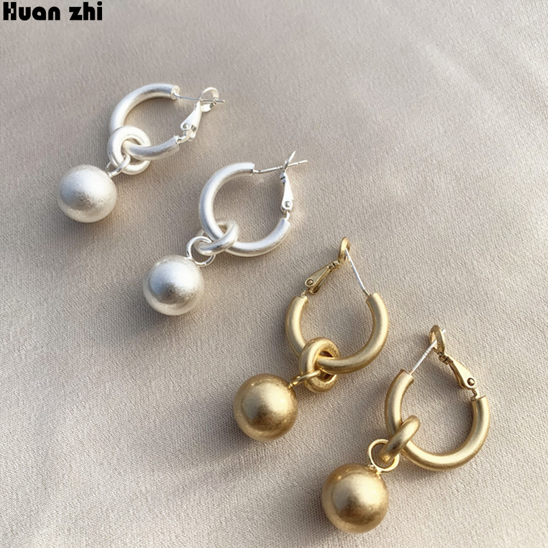 HUANZHI Korean Vintage Matte Gold Metal Geometric Circle Link Round Ball Long Drop Earrings for Women Girl Wedding Party Jewelry(China)