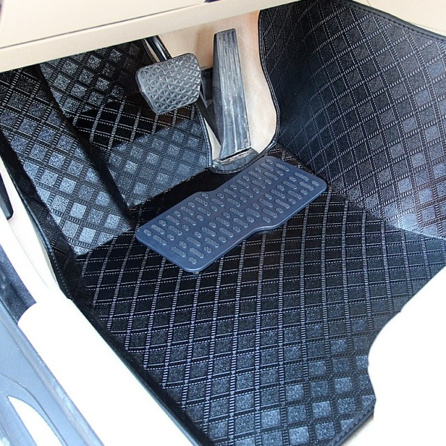 Us 219 0 Free Shipping For Peugeot 206 207 307 308 408 508 3008 Special Floor Mats Waterproof Easy To Clean Car Rugs Peugeot 307 Carpets In Floor