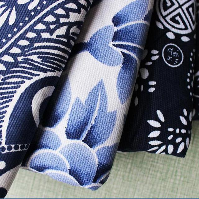 ee2080e244171 US $22.59 30% OFF|1 Meter Porselen Biru dan Putih Jacquard Lukisan Kain  untuk Wanita Rok Gaun Cheongsam Qipao Kain Tkaniny Na Sukienki di Kain dari  ...