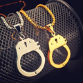 Cool Stainless Steel Handcuffs Choker Pendant Necklace Creative Jewelry High Quality Hip Hop Necklace for Men or Women