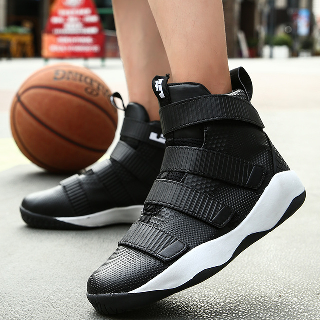 Weweya 2018 Newest Men's Basketball Shoes High Top Breathable Sneakers Black Red Cool Gym Shoes Zapatos Hombre Super Star Ball