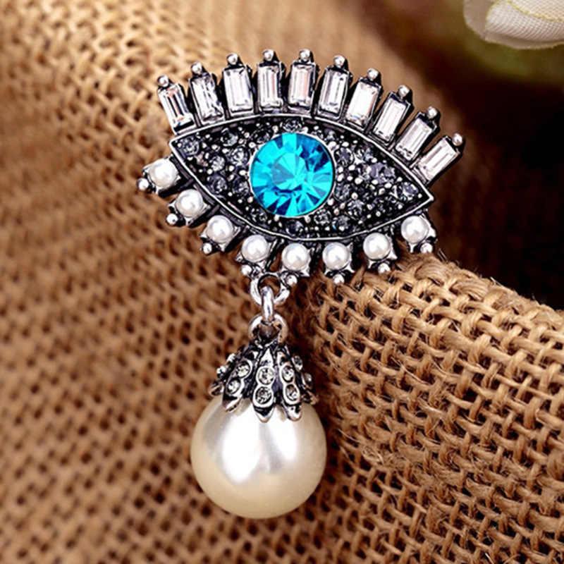 Liga Retro Diabo Olho Broche Imitação Pérola Pins Emblema Moda Jóias para As Mulheres Terno Badge Pin Acessórios Colarinho Da Camisa