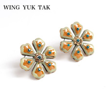 wing yuk tak Luxury Enamel Flower Stud Earrings For Women Crystal Korean Statement Jewelry 2019