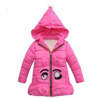 冬の女の子の綿パッド入りジャケット2017厚く暖かい女の子ジャケットフード付き子供服生き抜く4-6y
