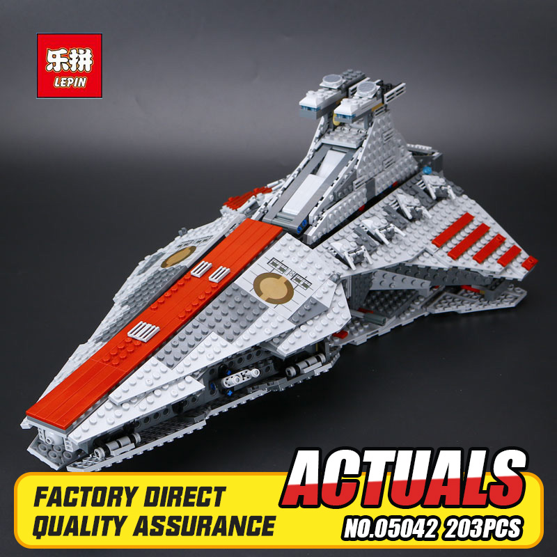 Lepin 05042 Star War Series The Republic Fighting Cruiser Set Building Blocks Bricks Educational Children Day's DIY 8039 Gift rollercoasters the war of the worlds