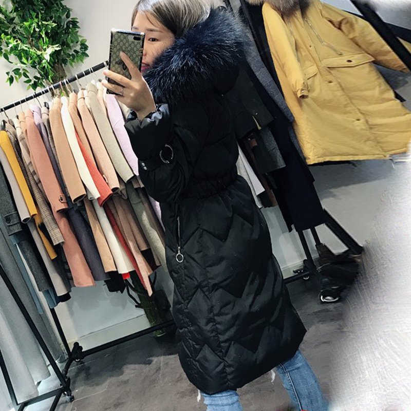2018 Nouveau hiver Femmes Mode Bas sweatshirt à capuche Long Parkas Blanc duvet de canard Épais Femme Petite taille Long manteau chaud vêtements - 3