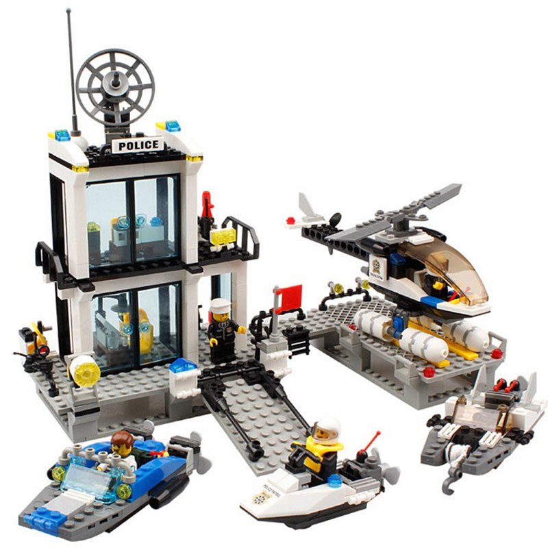 536 Police Station Trucks helicopter Boat Model Building Blocks Compatible Legoed City Enlighten Bricks Educational Toys For Kid police station model building kit blocks playmobil helicopter blocks diy bricks educational toys compatible legoings city police