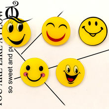 free shipping 1PCS smail cartoon brooch 1 Icons On backpack Acrylic Badges Cartoon Pin Badges For
