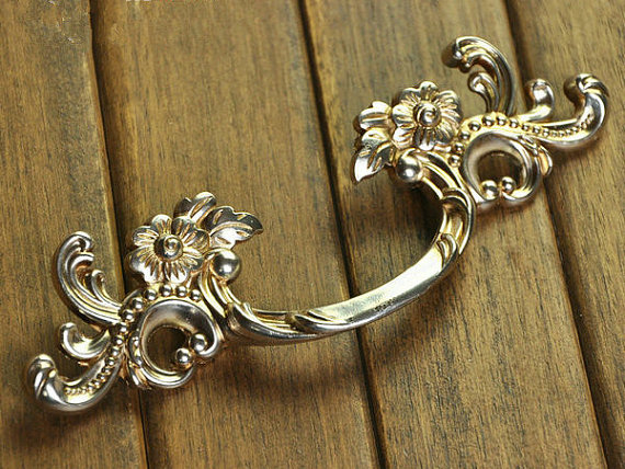 цена на Shabby Chic Dresser Pull Drawer Pulls Door Handles Antique Silver French Vintage Furniture Cabinet Knobs