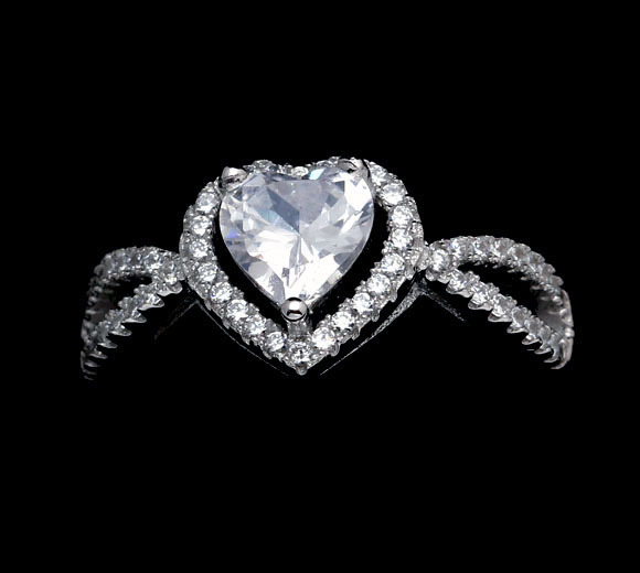 Carraton RSQD1050 Big Size Heart Shaped Stone CZ Diamond Real 925 Silver Ring