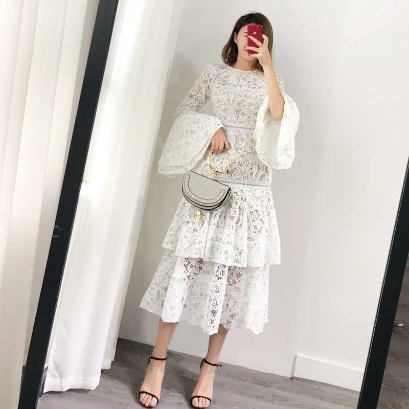 2018 自由奔放に生きる秋のドレスの女性レースメッシュエレガントなパッチワークフリルフレアスリーブ O ネックホワイトビーチドレス Vestidos
