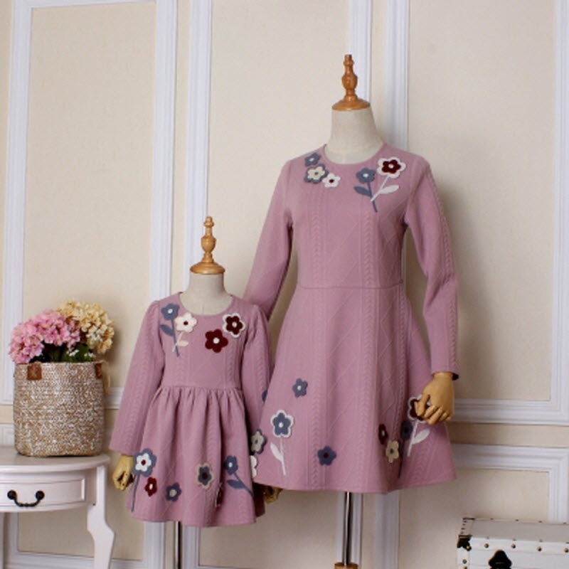 2018 Brand New Children clothes women girls family matching clothing family look mother daughter mom & baby lady cute dresses 2017 summer children clothing mother and daughter clothes xl xxl lady women infant kids mom girls family matching casual pajamas