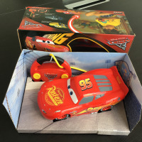 Disney pixar car3 22cm Remote control toy car a toy wrapped in a fancy box electric Plastic Emulational Model Toys car McQueen
