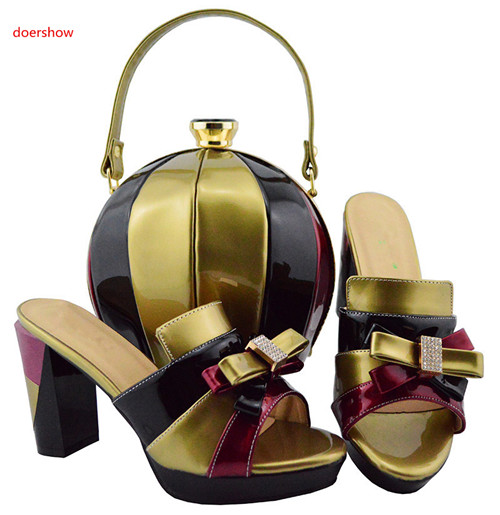 púrpura Juego plata Las verde rojo blanco Hbl1 Y Calidad Bombas Para Partido Bolsa Boda Zapatos El Zapato 26 A Doershow Con Alta Bolso Color De Verde Oro Italiano SUFnqYw