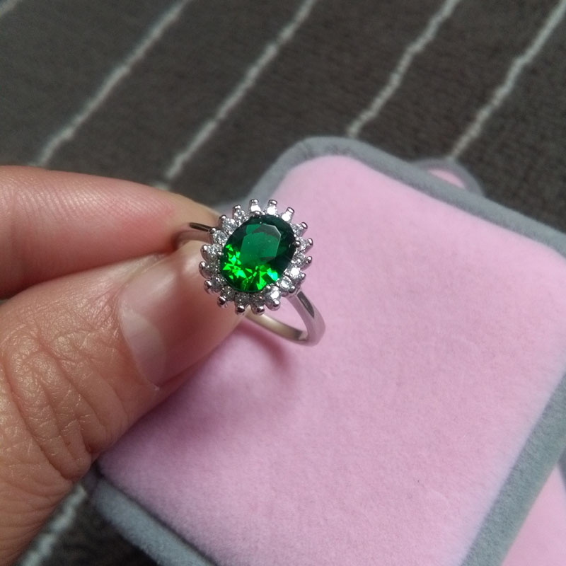Women Engagement Ring Solid 925 Sterling Silver Jewelry Classic Green Gems Princess Kate Style Female Solitaire Engagement Ring m style ваза настольная gems