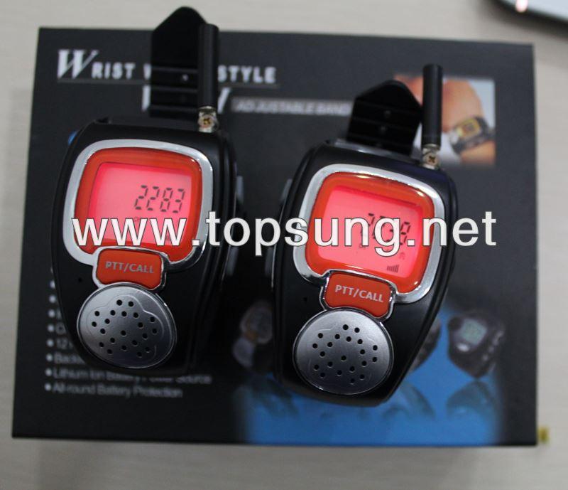 US $46 8 |2pc freetalker 22 channel watches walkie talkie 2 way radio watch  talkies frs/gmrs radios * best christmas gift for lover & kids-in Walkie
