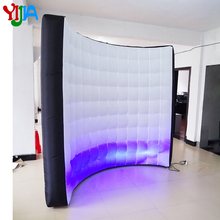 цена LOGO Free LED Inflatable Photo Booth Wall for Event and Exhibitions Come with UL Air Blower with LED Light Strips and Remote