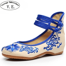 Vintage Women Shoes Flats Mary Jane Flats Casual Shoes Chinese Embroidered Cloth Woman Ballerina Shoes Plus Size 43