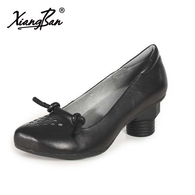 7cd4474a37f0 Xiangban Soft Leather Pumps Women Shoes Comfortable Black Blue Casual Pumps  Pointed Toe High Heels 2018 Spring Shoes