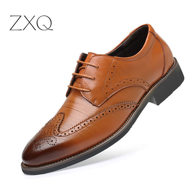 Luxury Designer Formal Men Dress Shoes Genuine Leather Classic Brogue Shoes Flats Oxfords For Wedding Office Business