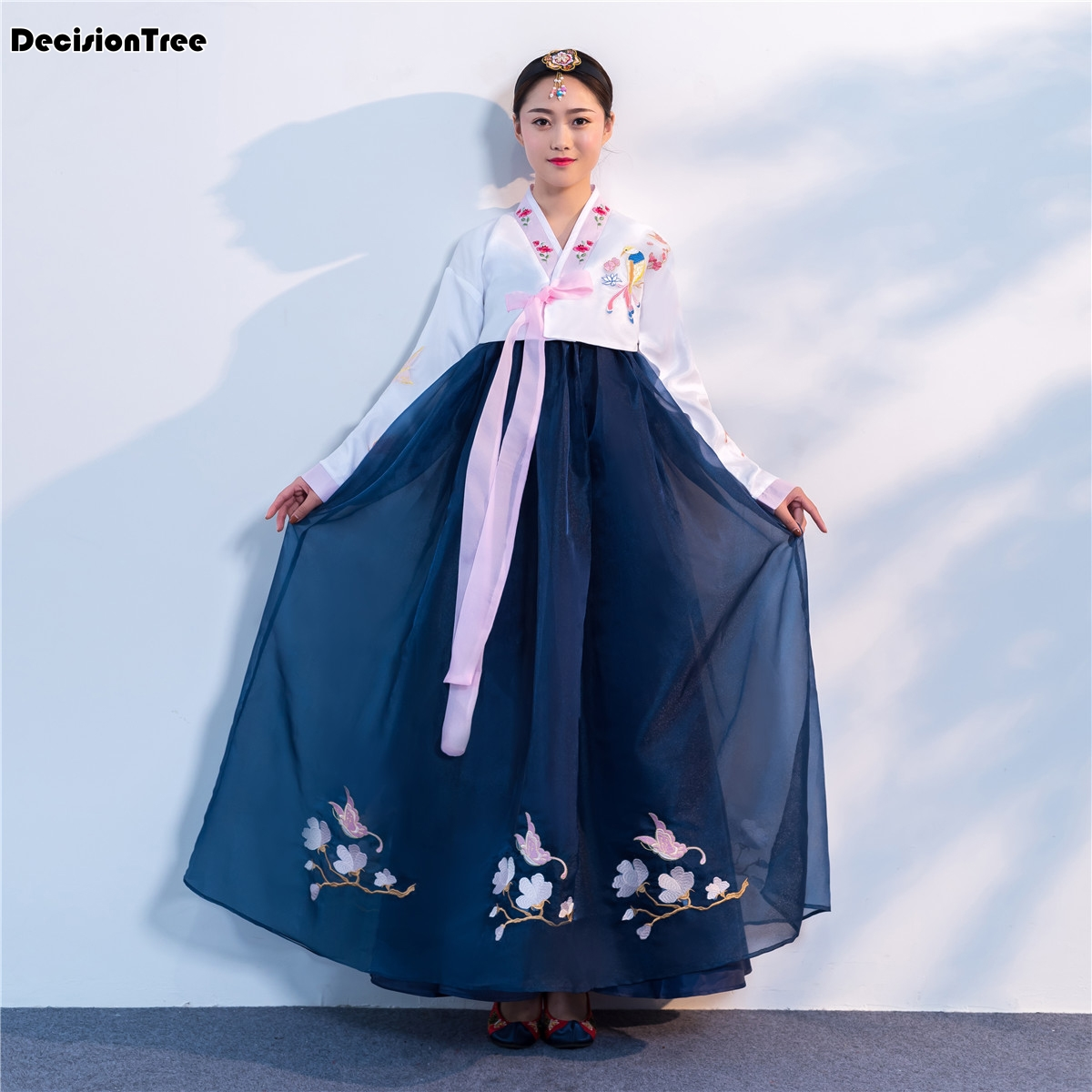 2019 National Stage Outfit Minority Costume Hanbok Korean Traditional Embroidery Costume Hanbok Korean Traditional Dress