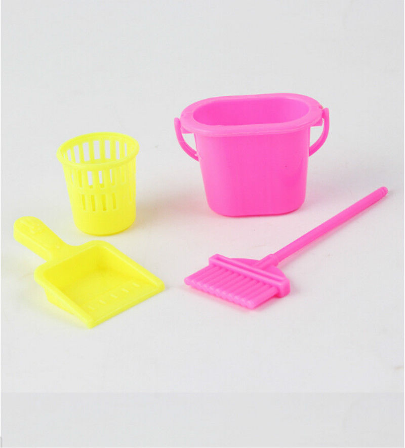 4Pcs/Set Cleaning Furnishing Cleaner Kit For Barbie Doll House Set Home Furniture Doll Cleaning Tool Wholesale Random color