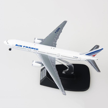 цена на 13cm airplane model air France airlines Boeing B777 aircraft model diecast plastic alloy plane gifts for kids Toys collectible