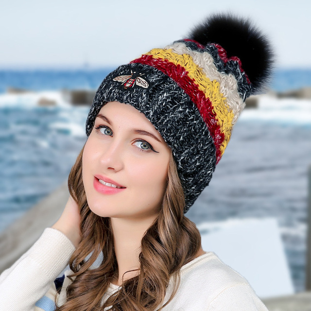 0be6120c 2017 New Women Woolen Yarn Hats Autumn Winter Hat Small Bee Pattern Four  Color knitting Female Skullies Beanies