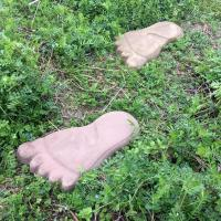 1 Pair Concrete Molds Footprint Shape Stepping Stone ABS Mold Paving Floor Mould Floor Tile Gardens Beaches Path Cement Mold