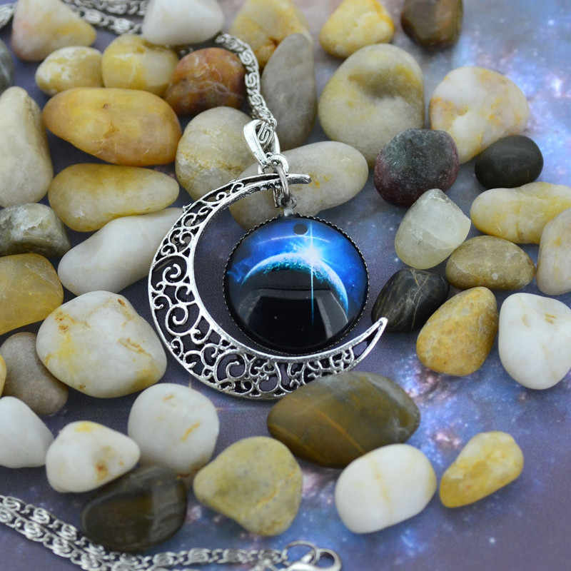 Antique Vintage Moon Time Necklace Sweater Chain Pendant Jewelry Flawless Choker Necklaces Trinket Stylish Shiny Torque Unique
