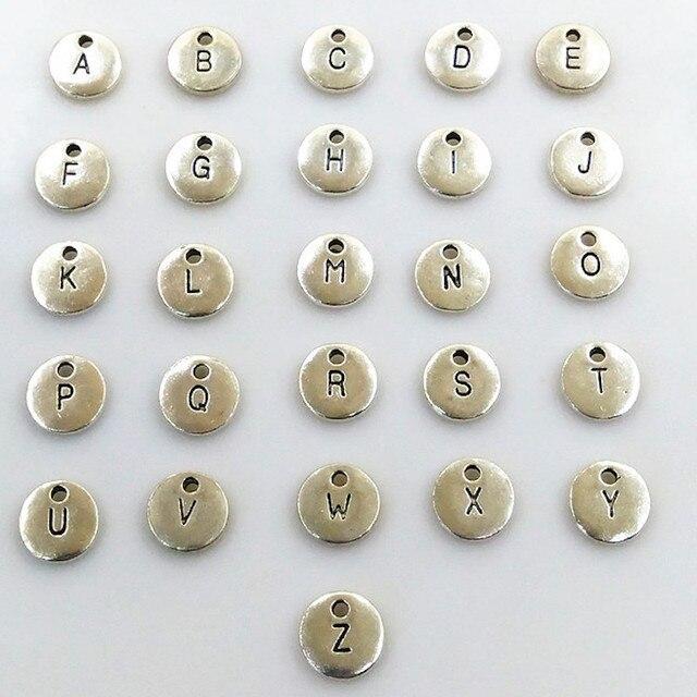130 Uds colgante de disco de oro redondo de doble cara alfabeto A Z dijes de etiqueta de letra sello joyería inicial, cuentas de 10mm para fabricación de joyas