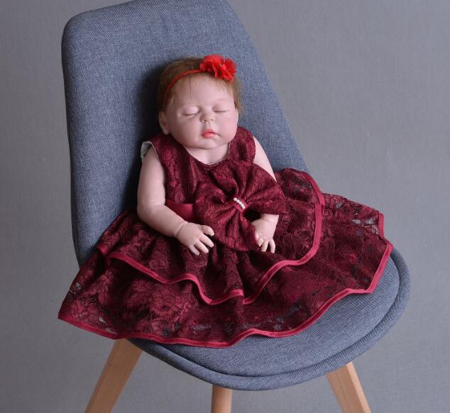 Réaliste Boutique princesse poupée fermer les yeux reborn bébé poupée bebe reborn poupée jouer maison bricolage jouets pour enfants cadeau toute silicone poupée