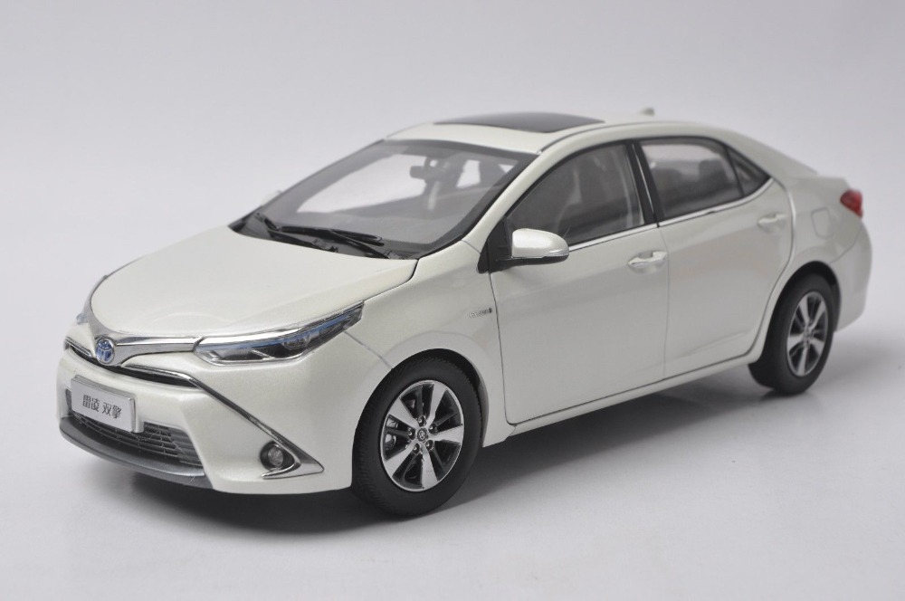 1 18 Diecast Model For Toyota Corolla Levin Hybrid 2016