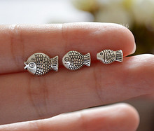 50pcs/lot Cute Charms antique Tibetan Silver Metal Beads Fish Shape Spacer Beads fit European bracelet jewelry DIY