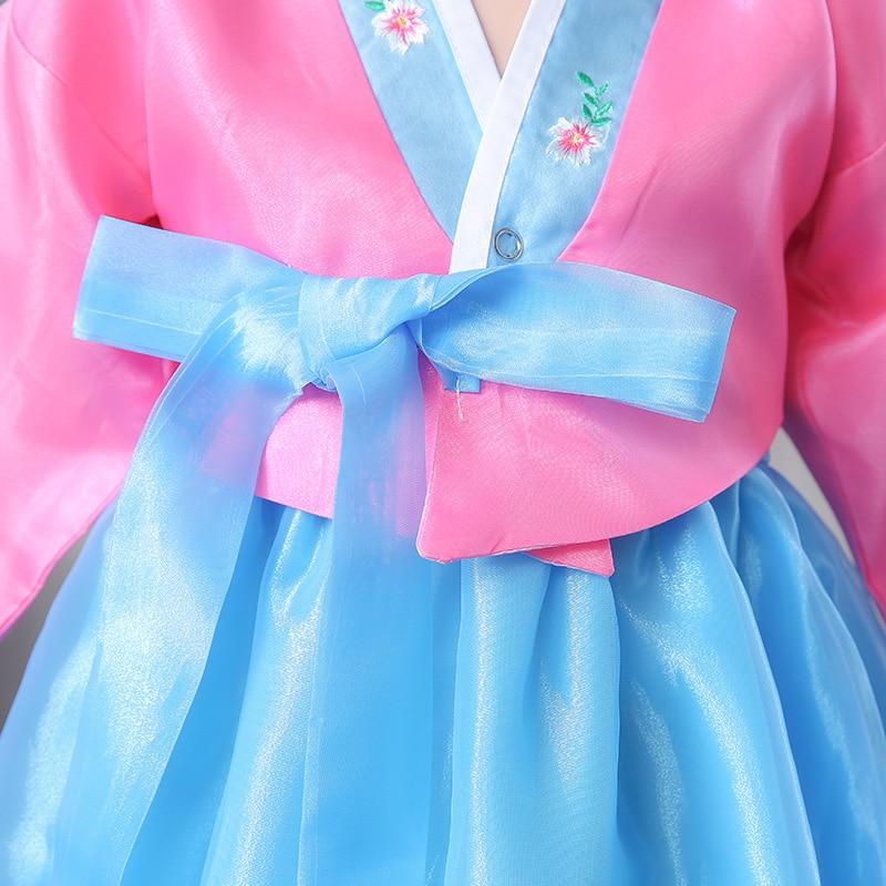Högkvalitativ Kvinnlig Broderad Siden Koreansk Traditionell - Nationella kläder - Foto 3