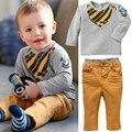 2016 Do Bebê Do Menino Longo-sleeved T-shirt Calças 2 pcs Set Moda Impressão Crianças Bib Terno Outono Roupa Dos Miúdos