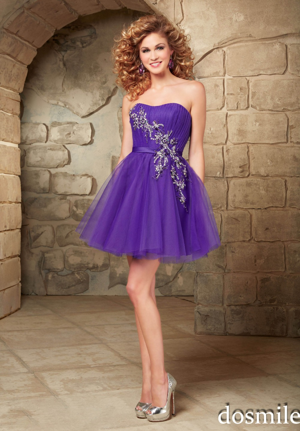 2016 mini strapless homecoming Dresses purple peach appliques cocktail  party gown sweet 16 dress 8th graduation semi formal gown-in Homecoming  Dresses from ... 199b088d5