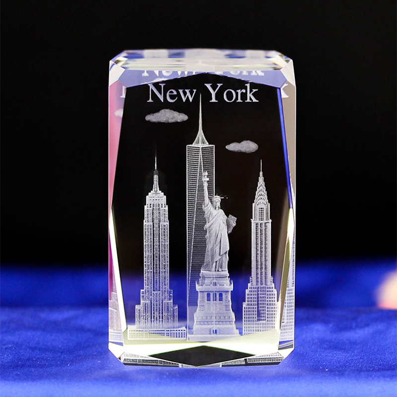 New York Statue Of Libety Laser Engraved Crystal Light 50